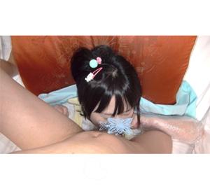 フェラという行為を知らない姪っ子にイラマチオは高レベルすぎただろうか?寝ているから簡単に奥まで…