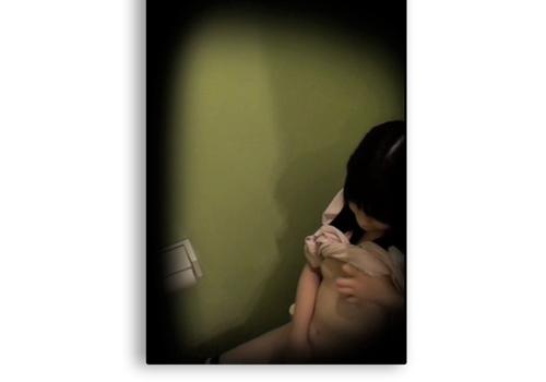 c妹観察 [顔出動画] 清楚な妹がトイレでアヘ顔 ビクつき痙攣オナニー (つい音を気にする妹) ズリネタの妹(顔出) 俺は豚兄 dgpot.com
