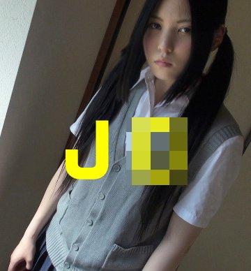 美  J-3-Cと  する醍醐味って、エロ行為中の初々しい反応を愛でるに尽きるよな?