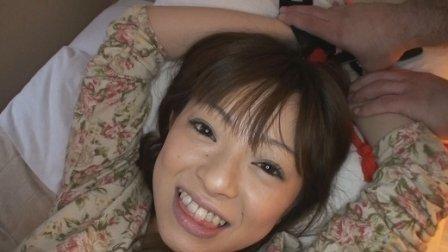 こちょこちょ族 ロリ系美少女敏感娘 なな 19歳 デニムパンツ編! ガチンコ dgpot.com