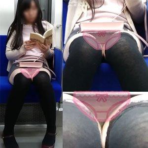 【対面▽】フロントレース丸わかり!黒髪ロングヘア女子の電車内パンチラ! 山田さんの流出動画 dgpot.com